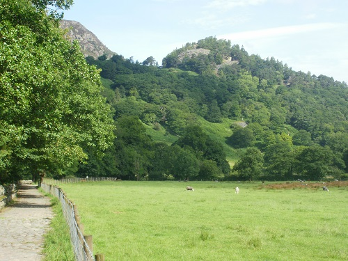Looking at Castle Crag soon after leaving Rossthwaite