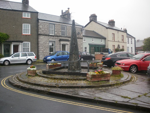 The sculpture at the start of the Cumbria Way in Ulverston