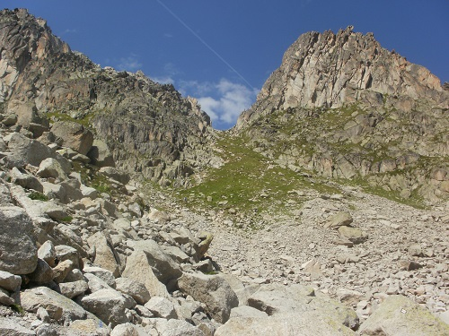 The top of the Fenetre D'Arpette is now in sight