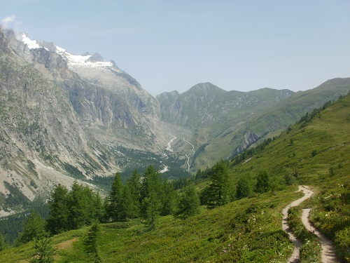 Looking along the valley towards Mont Delont