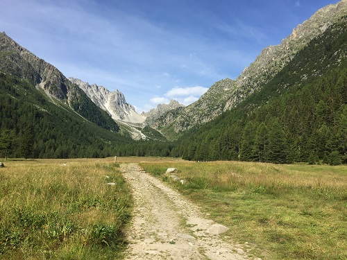 Heading along the TMB trail towards the Fenetre D'Arpette